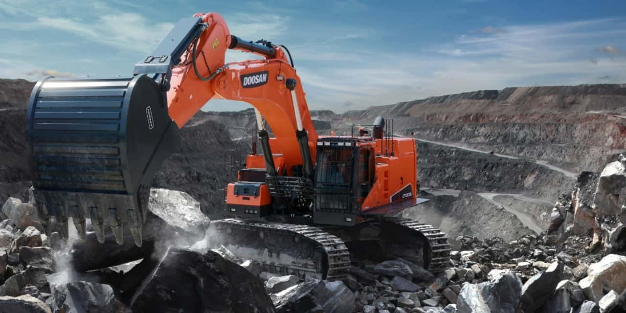The Dx800lc 5b Tracked Excavator Highly Productivite Fuel Efficient